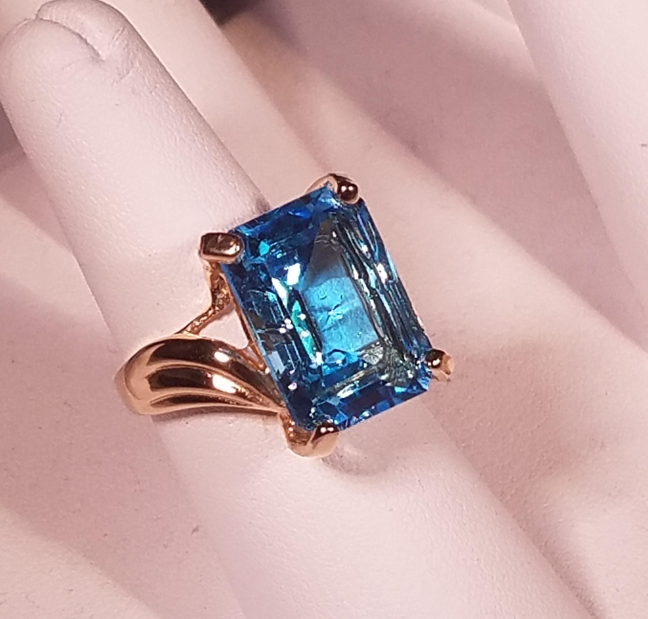 Lovely Blue topaz Wedding Rings | Wedding